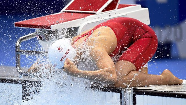 La nadadora canadiense Margaret MacNeil