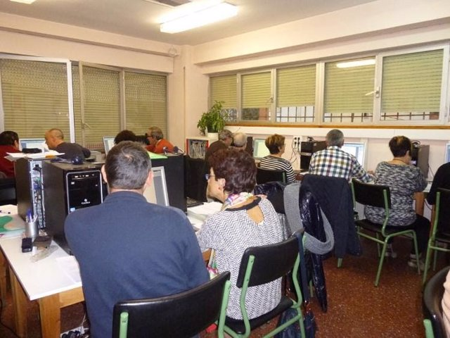 La Diputación de Huesca concede 195.000 euros para proyectos de educación permanente.