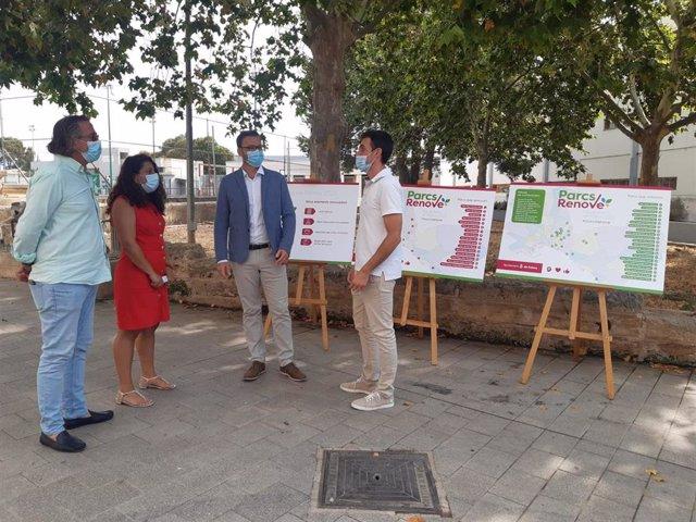 El alcalde de Palma, José Hila; la teniente de alcalde de Infraestructuras y Accesibilidad, Angélica Pastor, y el coordinador general del área de Infraestructuras, Luis Sureda