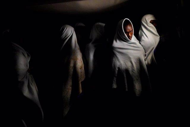 Archivo - Migrantes rescatados en el Mediterráneo