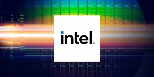 Logo de Intel en la conferencia 'Intel Accelerated'