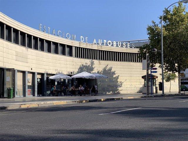 Exterior de la estación de autobuses de Huelva.