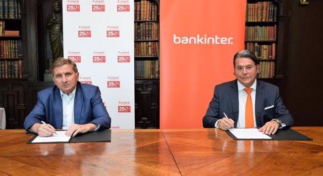 El secretario general de Foment del Treball, David Tornos, y el director territorial de Bankinter en Catalunya, Eduard Gallart