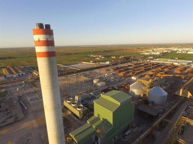Archivo - Imagen aérea del complejo energético Huelva fondo biomasa.