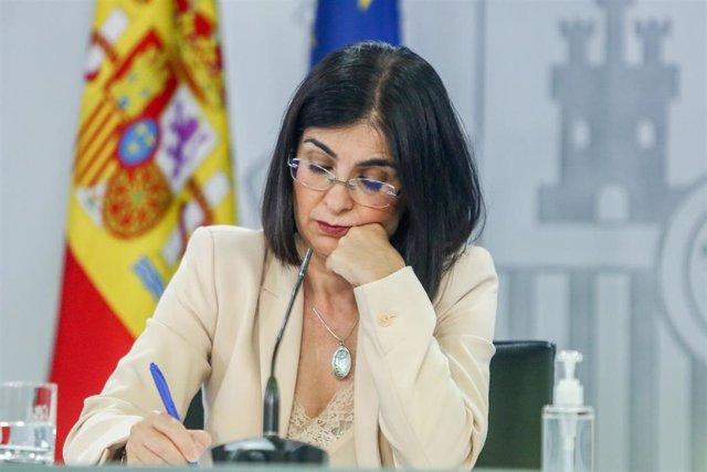 La ministra de Sanidad, Carolina Darias, escucha preguntas de periodistas en la rueda de prensa posterior al Consejo Interterritorial de Salud, a 20 de julio de 2021, en Madrid (España). En el Consejo Interterritorial de Salud se ha informado del aumento
