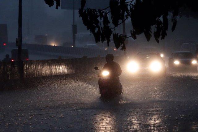 Imagen de archivo de las lluvias torrenciales en India.