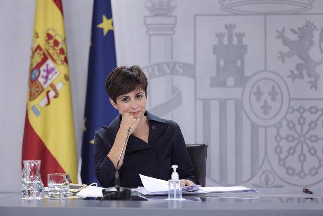 La ministra de Política Territorial, Isabel Rodríguez, en la conferència de premsa posterior al Consell de Ministres