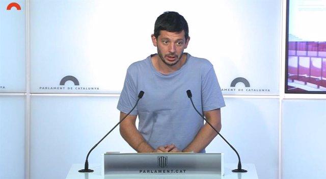 Archivo - Arxiu - El diputat de la CUP al Parlament Xavier Pellicer en una roda de premsa a la cambra catalana
