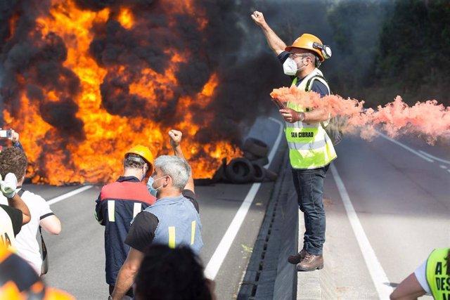 San Cibrao, Lugo. Protesta de trabajadores de Alcoa este lunes