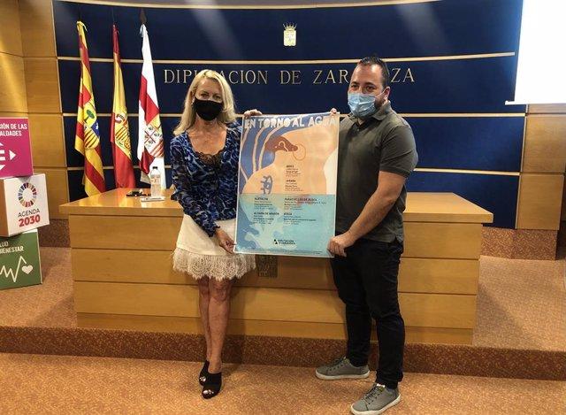 Ros Cihuelo y Toño Monzón durante la presentación del ciclo 'En torno al agua' en la DPZ