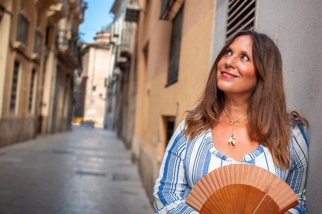 Amàlia Garrigós condueix 'Les cinc llunes'