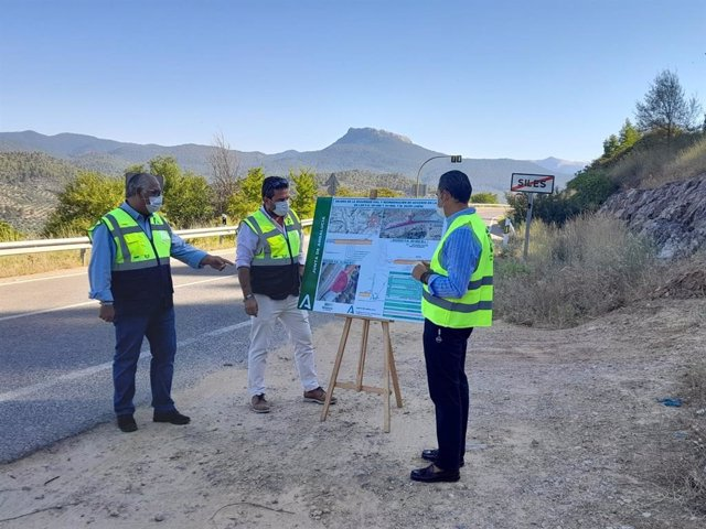 Presentación del proyecto de reforma de la A-310 a su paso por el término municipal de Siles