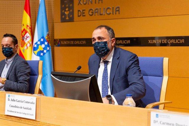 El conselleiro de Sanidade, Julio García Comesaña, en rueda de prensa tras la reunión del comité clínico.