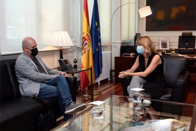 La ministra de Educación y Formación Profesional, Pilar Alegría, en la reunión que ha mantenido este miércoles con el secretario general de CCOO, Unai Sordo