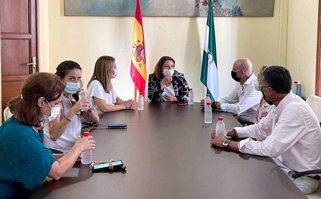 Crespo reunida con la nueva directiva de CASI