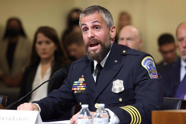 El oficial de la Policía Metropolitana de Washington, Michael Fanone.