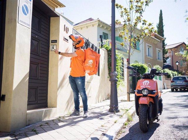 Los pedidos de delivery crecen un 25% en València en el último año.