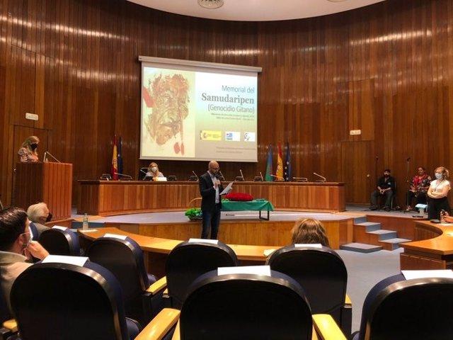 El secretario de Estado de Derechos Sociales, Nacho ÁLvarez, en el acto institucional de conmemoración del Samudaripen.