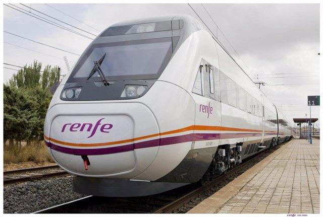 Archivo - Tren de Renfe.