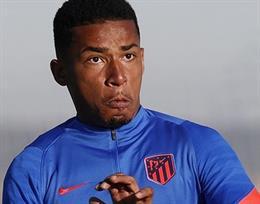 Marcos Paulo entrenando con el Atlético