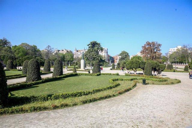 Archivo - El Parque de El Retiro, en Madrid (España), a 31 de marzo de 2021.
