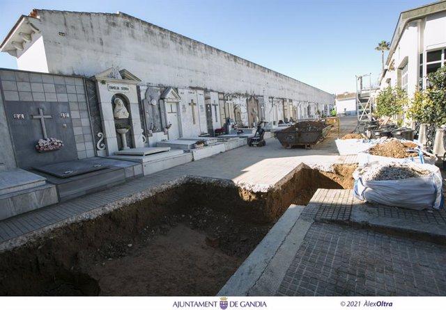 Archivo - Arxiu - Gandia inicia la segona campanya per a encontra restes de represaliats del franquisme