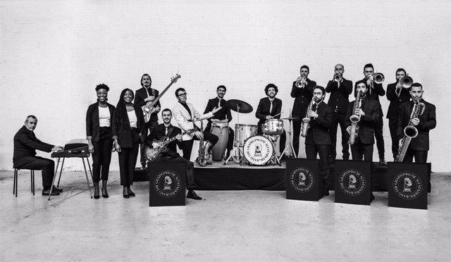 Archivo - Arxiu - El grup The Gramaphone Allstars Big Band