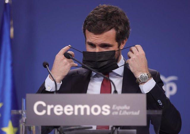 El presidente del PP, Pablo Casado, durante una rueda de prensa en la sede del partido, a 29 de julio de 2021, en Madrid (España).
