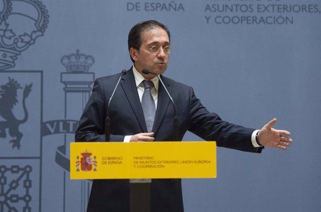 El ministro de Asuntos Exteriores, Unión Europea y Cooperación, José Manuel Albares, durante el acto por el que el nuevo subsecretario del Ministerio ha tomado posesión del cargo, a 29 de julio de 2021, en Madrid (España). Con este acto continúa el proces