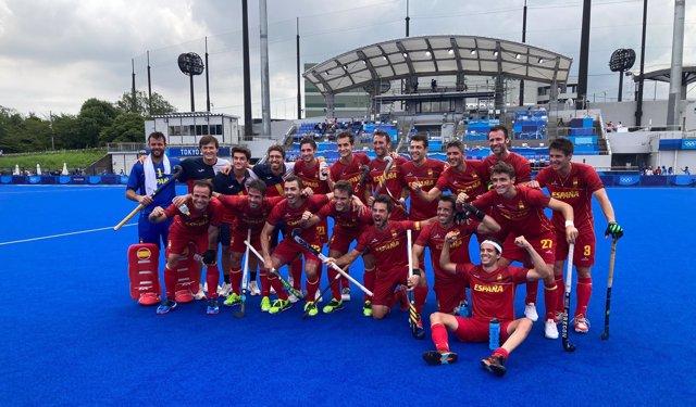 La selección española masculina de hockey sobre hierba celebra su pase a cuartos en los Juegos Olímpicos de Tokio