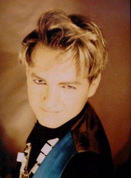 Muere Carmelo Martínez, cantante de La Década Prodigiosa
