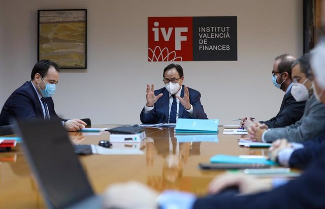 Archivo - El conseller de Hacienda y Modelo Económico, Vicent Soler, en el Institut Valencià de Finances (IVF)
