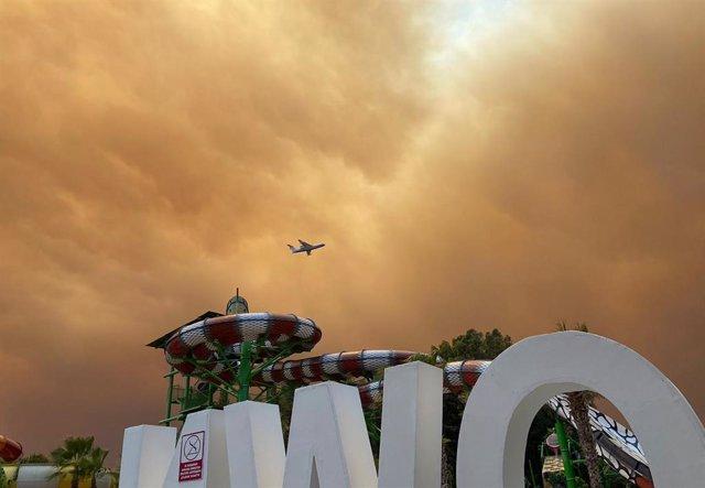Columnes de fum a causa dels incendis forestals en Antalya, en el sud de Turquia