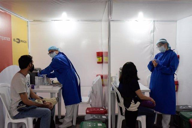 Campaña de vacunación contra la COVID-19 en Bogotá, Colombia