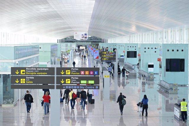 Archivo - Aeropuerto de Barcelona El Prat