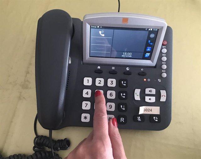 Archivo - Un teléfono en una imagen de archivo.