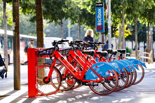 Archivo - Arxivo - Bicicletes elèctriques a Barcelona
