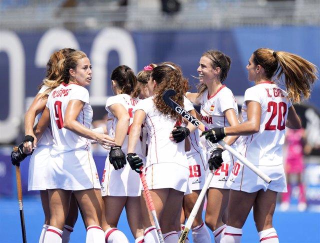 La selección española femenina de hockey hierba en un partido en los Juegos Olímpicos de Tokyo 2020