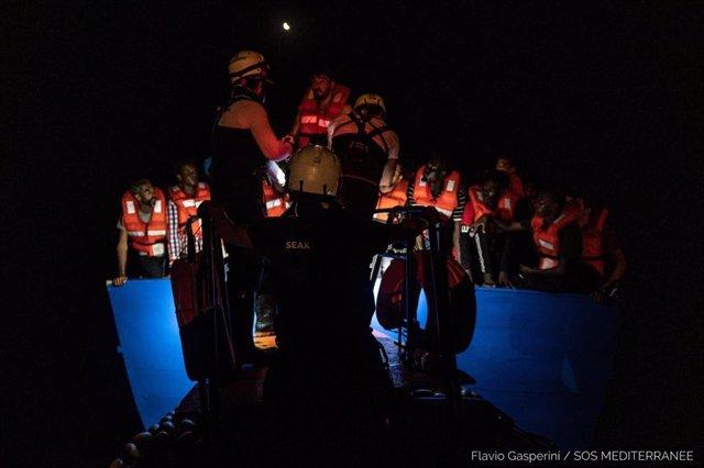 Operació de rescat de Sigui Watch i SOS Mediterranée