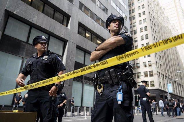 Archivo - Agentes de la policía de Nueva York.