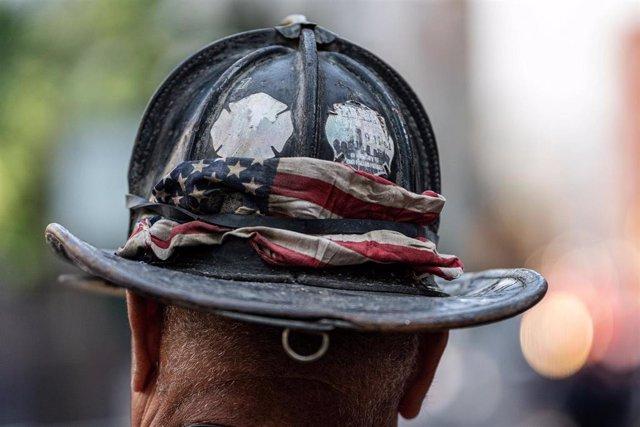 Archivo - 11 September 2020, US, New York: A man participate in a remembrance event to mark the 19th anniversary of the 9/11 terrorist attacks on the World Trade Center. Photo: Corine Sciboz/ZUMA Wire/dpa