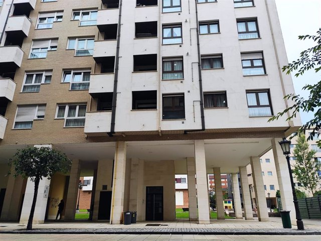Archivo - Imagen de archivo de viviendas en Oviedo.