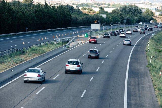 Imatge de recurs d'una carretera, autopista.
