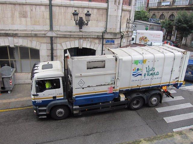 Archivo - Camión de basura