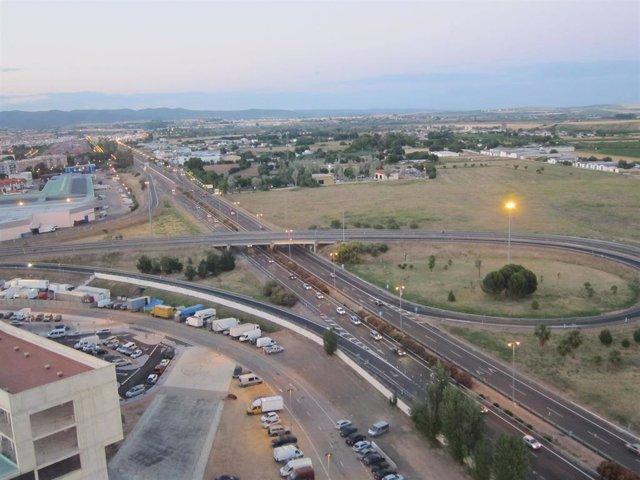 Archivo - Imagen del tráfico en la A-4.