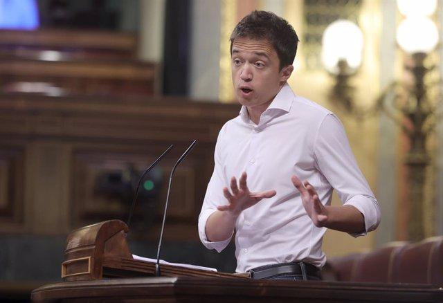 Archivo -  El líder de Més País, Íñigo Errejón, en una sessió de control al Govern al Congrés dels Diputats
