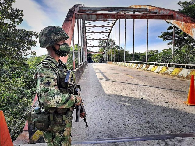 Archivo - Un militar en Colombia