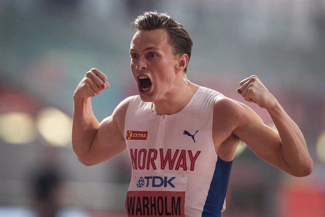Archivo - Karsten Warholm celebra una victoria