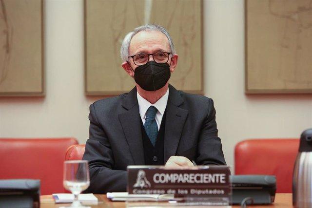 Archivo - El presidente del Consejo Económico y Social (CES), Antón Costas