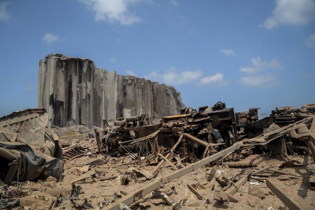 Archivo - Daños materiales por la explosión del 4 de agosto de 2020 en el puerto de la capital de Líbano, Beirut